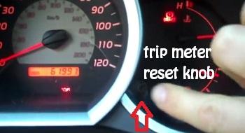 How to reset service light Toyota Tacoma 2 generation