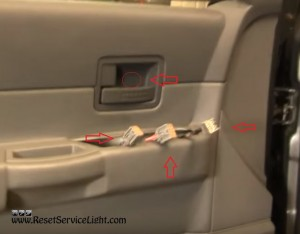 remove connector and plastic cover Dodge Durango 2005