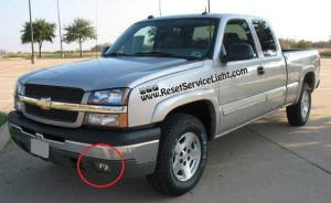 How to change the fog lights on Chevrolet Silverado 2000-2006