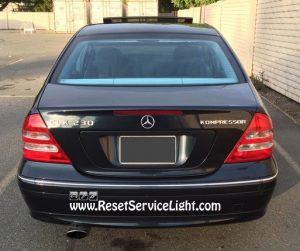How to change the tail light bulbs on Mercedes Benz C230 2001-2007