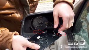 remove-the-heating-wires-on-the-mirror-of-vauxhall-astra