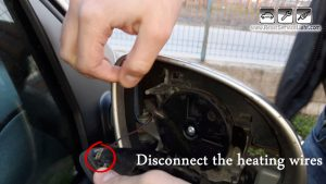 unplug-the-mirrors-heating-wires-on-vw-eos-2006-2010
