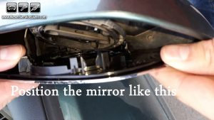 replace-the-glass-of-the-mirror-on-vw-polo-2005-2009
