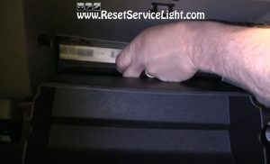 remove-and-replace-the-cabin-air-filter-on-saturn-ion