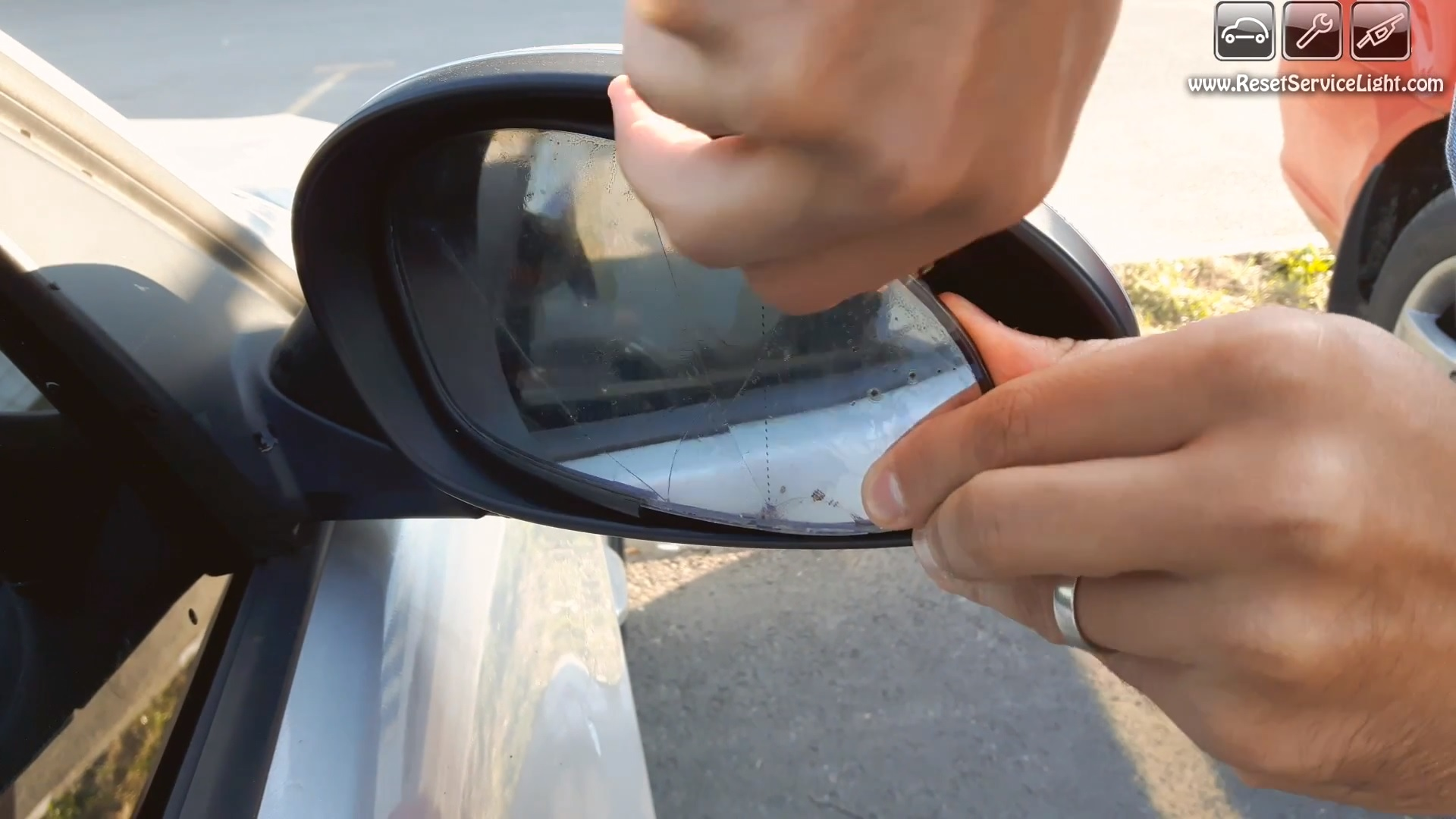 How to replace the side mirrors glass on bmw 3 series e90 2004 2009 after you detach that glass you will notice that it has a cable connector behind it as seen in the image below those are the wires that heat and defrost planetlyrics Image collections
