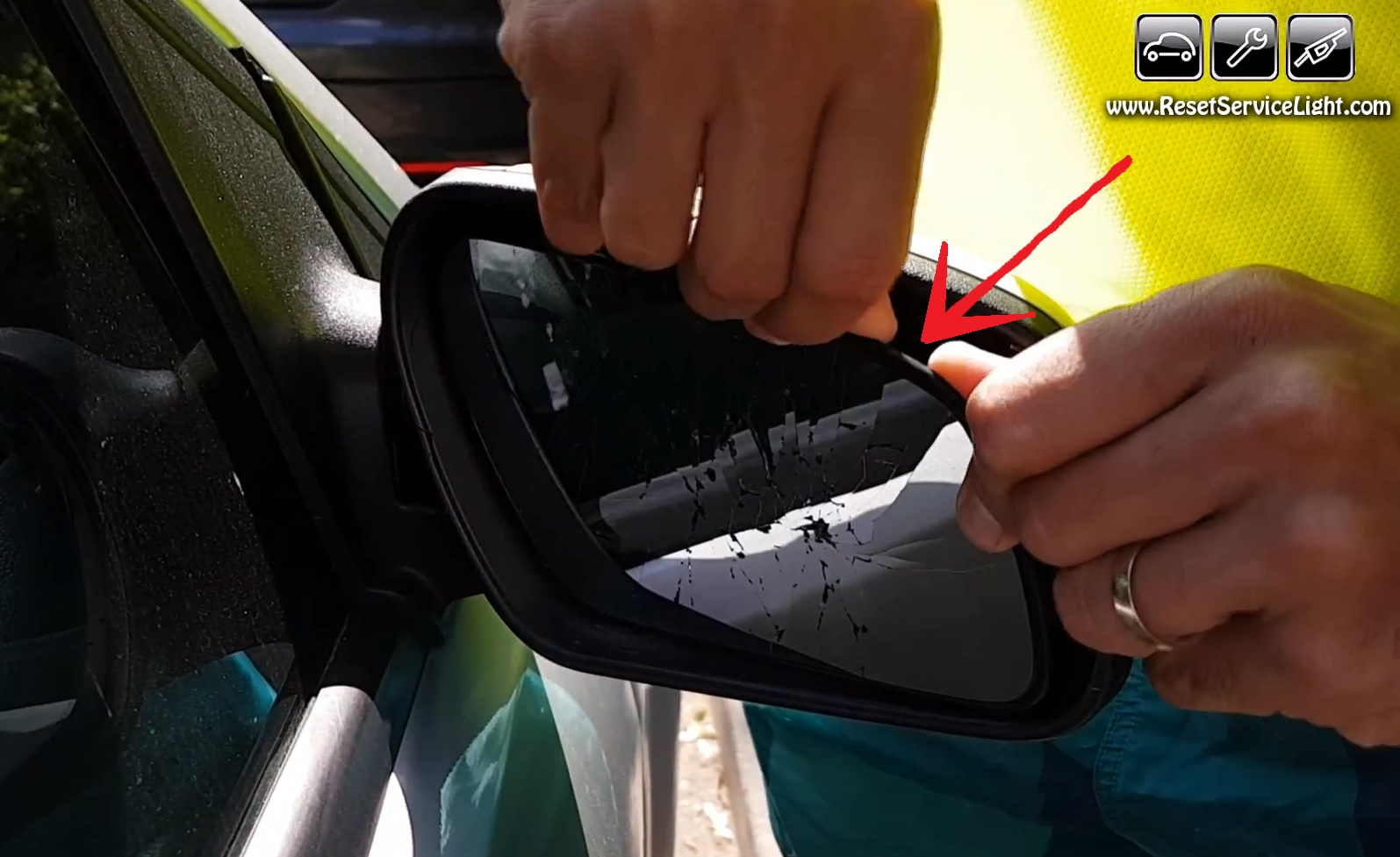 Diy Change The Glass Of The Side Mirror On Ford Focus Mk2
