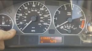 Reset oil service light BMW 3 Series E46.
