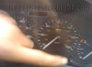 Reset spanner service light Peugeot 206