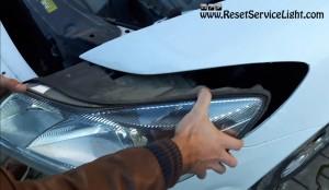 remove the headlight assembly Skoda Octavia II Facelift