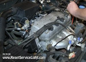remove the old spark plugs on Honda Civic 2008