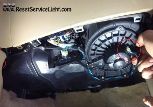 unplug-the-harness-powering-the-heater-blower-motor-on-honda-civic
