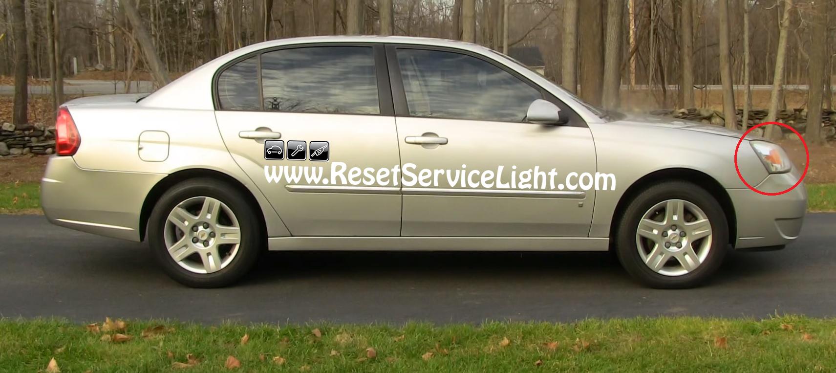 Malibu 2008 chevy malibu headlight bulb replacement : How to change the headlight on Chevy Malibu 2004-2008 – Reset ...
